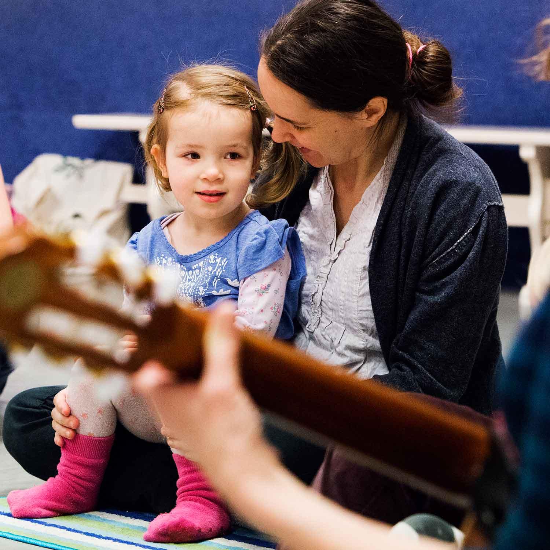 Zeer Muziek en Dans met Kinderen | Muziek op Schoot @AI08